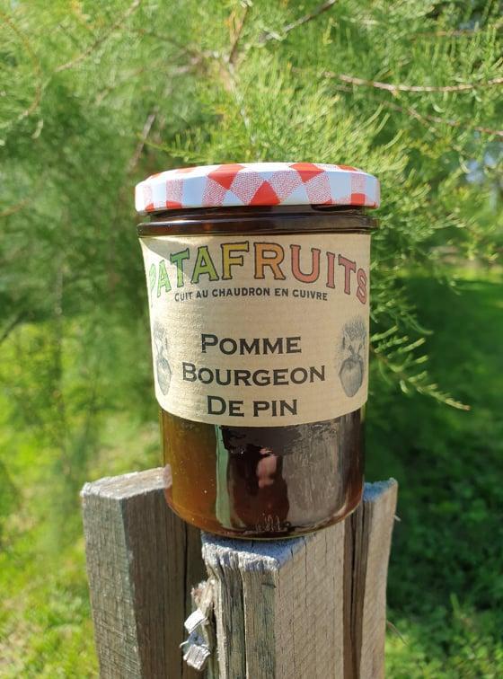 Pomme bourgeon de pin